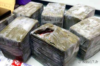 Bagnolet : Contrôlé par la police, un homme qui tenait un gros sac transportait près de 18 kg de cannabis - Actu17