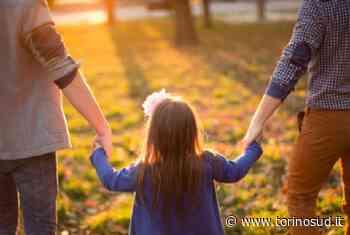 ORBASSANO - Famiglia con due papà non ottiene lo sconto al parco acquatico: «Non siete una vera famiglia» - TorinoSud