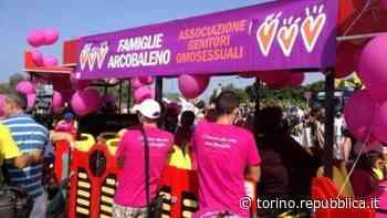 """Torino, niente sconto per la coppia di papà: """"Non siete una famiglia"""" - La Repubblica"""