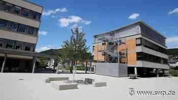 Schillerschule Dettingen – 18 Millionen-Projekt ist in den Sommerferien fertig: Grundschule startet nach Coronapause wieder - SWP