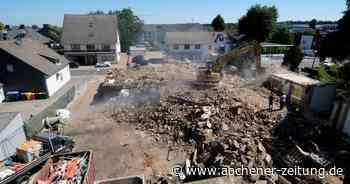 Viel Bauschutt und ein Grundstein in Simmerath: Altbau des Krankenhauses ist jetzt Geschichte - Aachener Zeitung