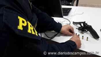Diário dos Campos | Nos Campos Gerais, PRF recupera carga roubada, prende assaltantes e apreende cigarr - Diário dos Campos