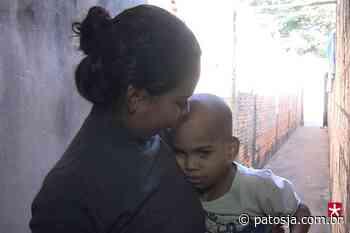 Família com 12 pessoas, passa por dificuldades em Patos de Minas e pede ajuda - Patos Já