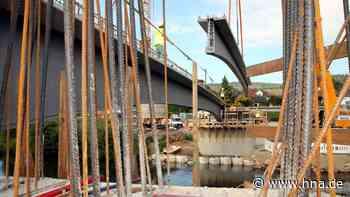 Blankenheim : Stahlbetonträger für neue Fuldabrücke im Bebraer Stadtteil verbaut - hna.de