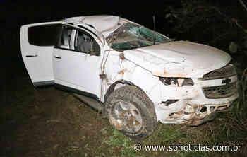 Caminhonete fica danificada após capotar na BR-163 em Nova Mutum - Só Notícias