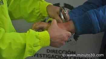 En Guatapé agarraron a un hombre que estaban buscando señalado de violar a una menor de 14 años de edad - Minuto30.com