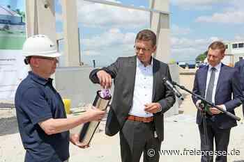 VW-Logistikhalle entsteht im Industriepark Meerane-Crimmitschau - Freie Presse