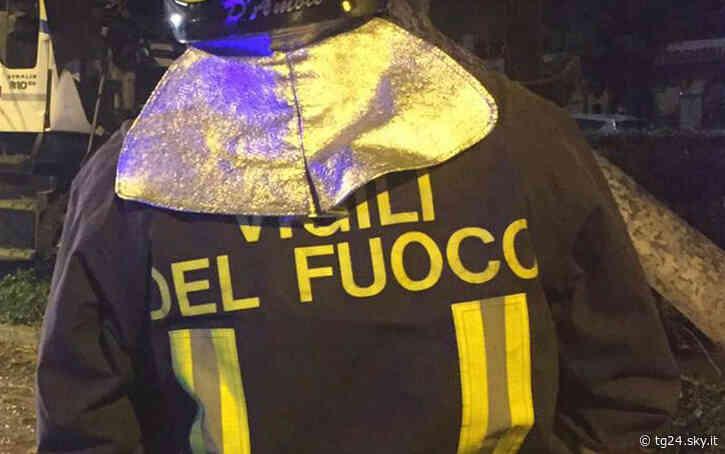 Incendio in azienda a Settimo Torinese, procura apre fascicolo - Sky Tg24