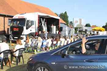 FLX Campus houdt proclamatie vanuit de autozetel (Leopoldsburg) - Het Nieuwsblad