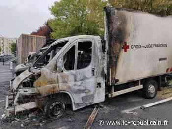 Essonne : les camions des associations caritatives incendiés à Etampes - Le Républicain de l'Essonne