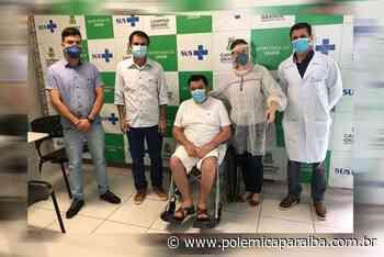 Prefeito de Soledade recebe alta hospitalar após 22 dias internado em tratamento da covid-19 - Polêmica Paraíb - Polêmica Paraíba