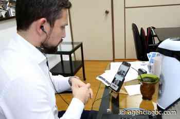 Prefeito de Esteio, Leonardo Pascoal, pede mais respiradores para Eduardo Leite - Agência GBC