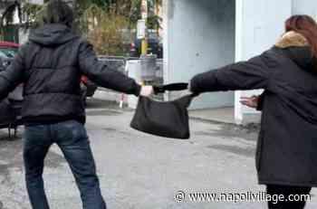 Afragola, ruba una borsa e poi tenta la fuga. Carabinieri arrestano 40enne - Napoli Village - Quotidiano di informazioni Online
