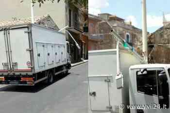 Adrano. Incidente in via De Felice - Yvii24.it