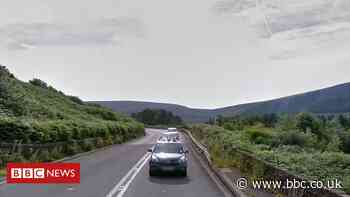Sheffield-Manchester tunnel could 'pass 25 miles through Pennines'
