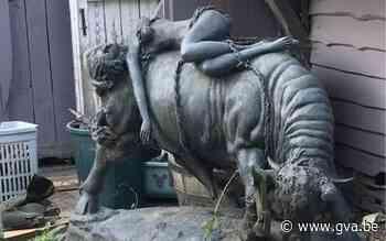 """Dieven aan de haal met opvallende bronzen stier uit tuin van woning: """"Het beeld was een geschenk van mijn overleden man"""" - Gazet van Antwerpen"""