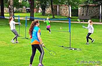 Badminton: Aus Hallen- wird Freiluftsport - PNP Plus