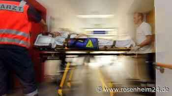 Motorradfahrer aus Stephanskirchen stirbt nach Unfall in Simseestraße in Klinik München Großhadern - rosenheim24.de