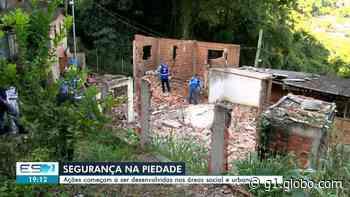 Imóveis abandonados são demolidos na Piedade, em Vitória, a pedido de moradores - G1