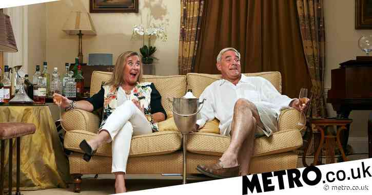 Gogglebox stars Steph and Dom Parker praised by viewers as they revisit old Four In A Bed episode