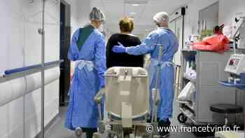 """""""Je ressentais des salves, ça diminuait et ça revenait"""" : à Suresnes, une unité de réadaptation soigne des guéris du coronavirus - Franceinfo"""