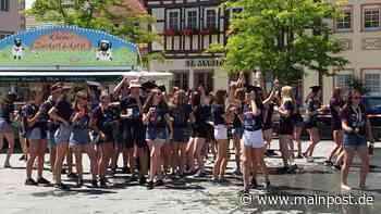 Geschafft: Abiturienten feiern ausgelassen in Mellrichstadt - Main-Post