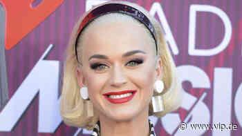 Schwangere Katy Perry: Tanzeinlage mit Babybauch und Zahnbürste - VIP.de, Star News