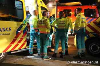 Hulpdiensten uitgerukt voor voertuig te water op Burgemeester Houtkoperweg in Lienden - Alarmeringen.nl