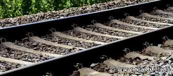 Kreis Lindau: Unbekannte Frau in Wasserburg von Zug erfasst – Hinweise erbeten - BSAktuell