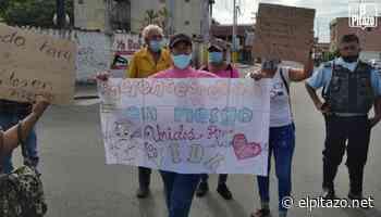 Dos vehículos embistieron a pacientes renales que protestaban en Acarigua - El Pitazo