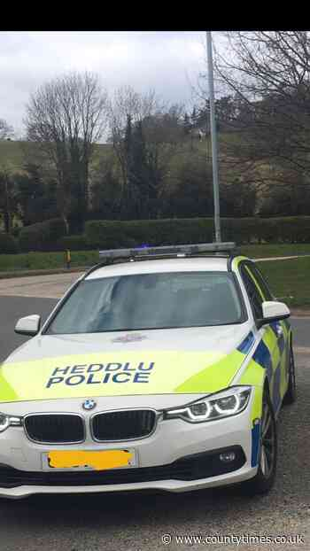 Officers make suspected drink driver arrest in Welshpool after a foot chase - Powys County Times