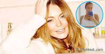 Lindsay Lohan Shows Off Tight Yoga Bod Selfie To Start Her Day - The Blast