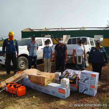 Alcaldía de Barranquilla dona dotación a Bomberos de Sitionuevo - El Heraldo (Colombia)