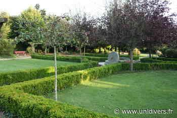 Parc de la Mairie et sa charmille Parc de la mairie samedi 19 septembre 2020 - Unidivers