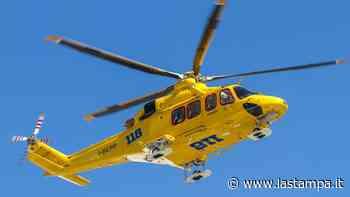 Motociclista di Chieri finisce fuori strada sulla provinciale a Murazzano: è grave in ospedale - La Stampa
