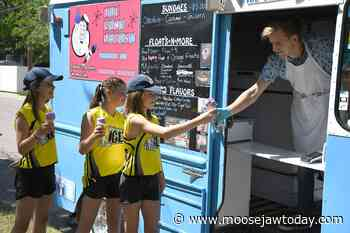 Saturday Scenes: Moose Jaw a happening place on a beautiful summer afternoon - moosejawtoday.com