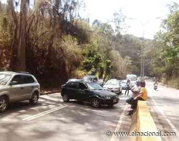 Cerrado el paso hacia San Antonio de los Altos ante protesta por gasolina - El Nacional