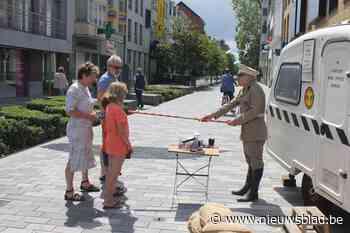 Straatartiesten fleuren koopzondag op