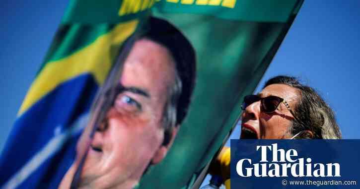 Top Brazil newspaper in pro-democracy drive to counter Bolsonaro