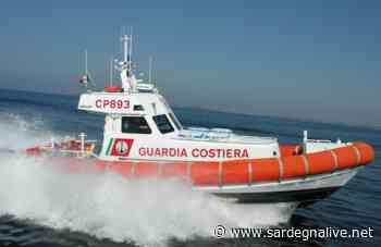 Oristano. Barca in avaria: famiglia soccorsa dalla Guardia Costiera - Sardegna Live