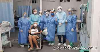 A Santa Casa de Misericórdia de Penedo comemora a primeira alta de paciente de COVID-19 - Geraldo Jose