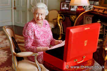 The Queen has many 'secret rooms' in Buckingham Palace including an indoor pool, cinema and a doctor's offic - The Sun