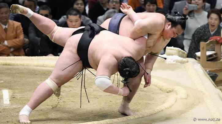 Body-Mass-Index über 47: Gesundheitsprobleme: Japans Sumo-Ringer werden immer schwerer CC-Editor öffnen - noz.de - Neue Osnabrücker Zeitung