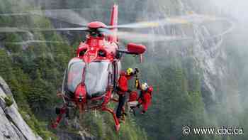 Squamish SAR volunteers to begin using helicopter hoist for rescues