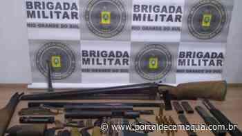 Brigada Militar de Santa Cruz do Sul prende dupla em oficina de armas clandestina - Portal de Camaquã