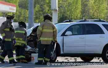 Photos: Two-vehicle crash in Port Colborne - StCatharinesStandard.ca