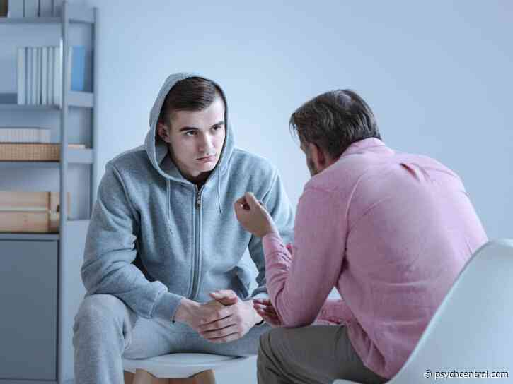 Therapy May Beat Meds for Some Young People with Early Psychosis