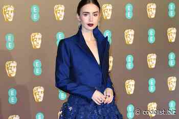 Lily Collins has the look of job (from the waist up) who would like to learn in the office - Code List