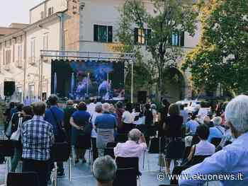 FOTO | Diocesi Teramo, grande partecipazione per l'ordinazione di tre nuovi sacerdoti - ekuonews.it