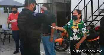"""Otorgan seguro de vida a """"polis"""" de Cerritos - Pulso de San Luis"""